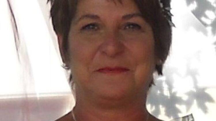 Mme Chantal Ricard
